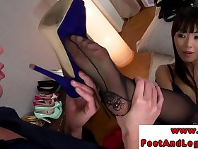Foot fetish babes in trio footworshiped by lucky guy