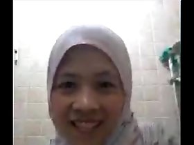 muslim lady on skype