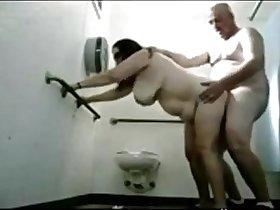OLDIES enjoy sex at bathroom - HORNY OLDIES